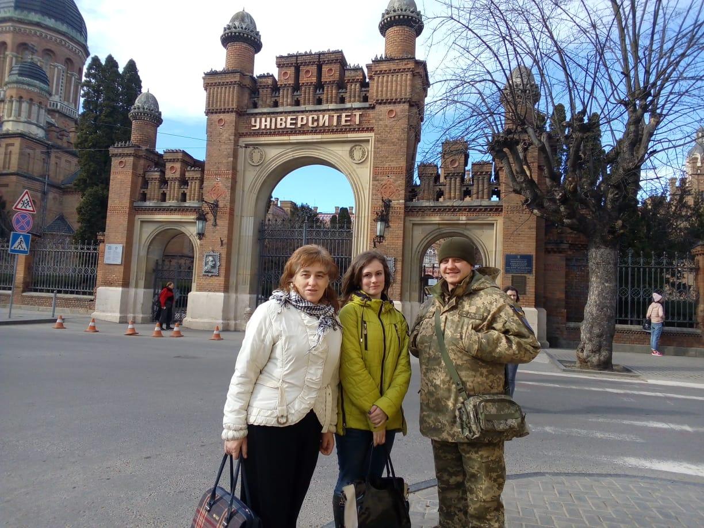 Вхід до Національного Університету імені Юрія Федьковича