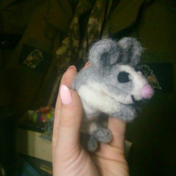 Сувенір з шерсті: миша