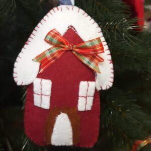Різдвяна хатинка з фетру