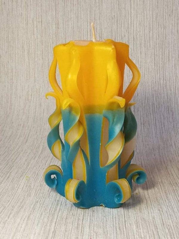 Різьблена патріотична свічка 1